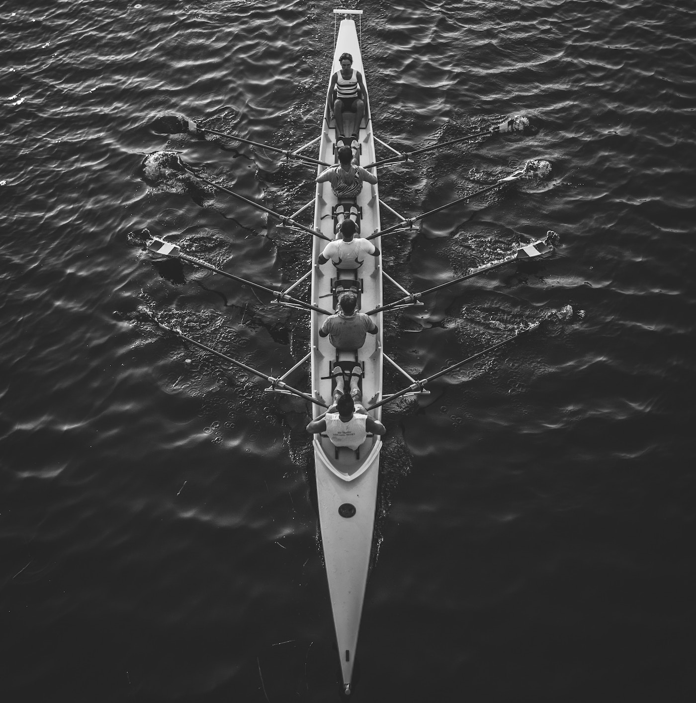 sales and marketing alignment are like rowers in a boat
